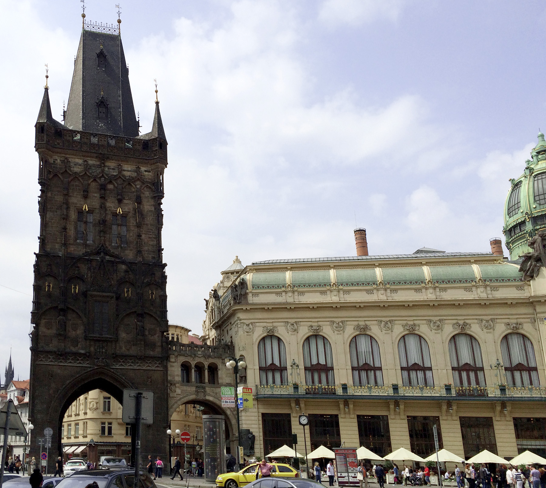 Rapid sightseeing in: Prague